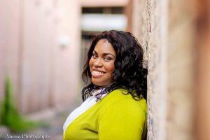 angie-thomas-black-author